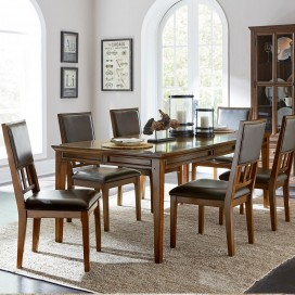 Frazier Park Collection's Dining Set