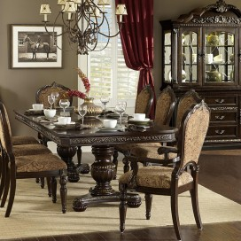 Russian Hill Collection's Dining Set